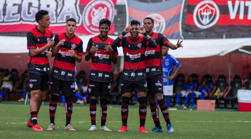 Bahia Notícias / Esportes / E.C. Vitória / CBF volta a conceder ao Vitória o Certificado de Clube Formador   20/07/2021