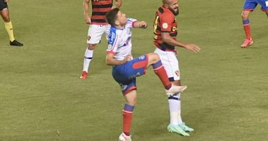 Bahia Notícias / Esportes / E.C. Bahia / Galdezani lamenta derrota do Bahia para o Sport: