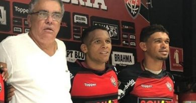 Bahia Notícias / Esportes / E.C. Vitória / Bahia de Feira cobra quase R$ 1 milhão do Vitória por vendas de Van e Gabriel Bispo   25/08/2021