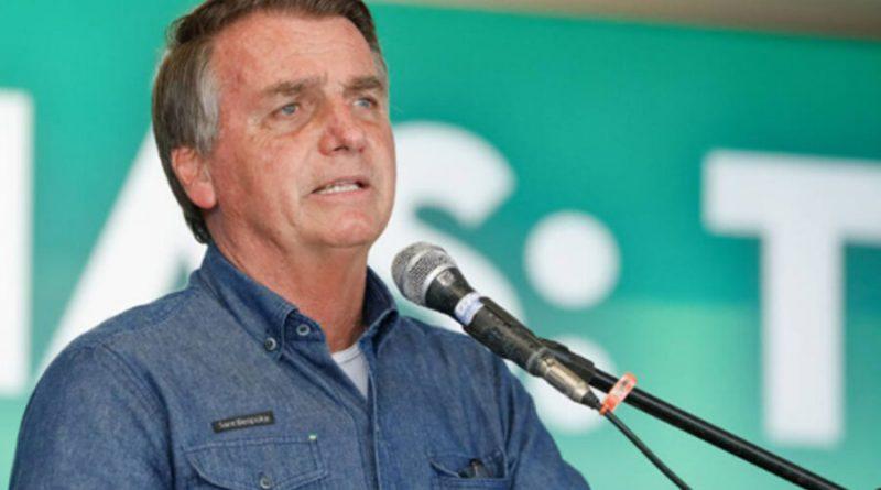 Bolsonaro diz que não vai congelar preço de combustíveis na canetada